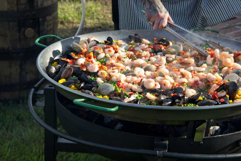 giant pan of shrimp paella